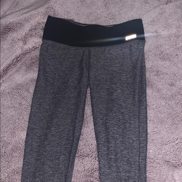 PINK Victoria's Secret Pants - PINK reversible grey leggings